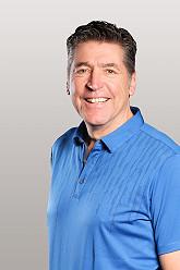 Stefan Quirmbach, Leiter der Golfschule
